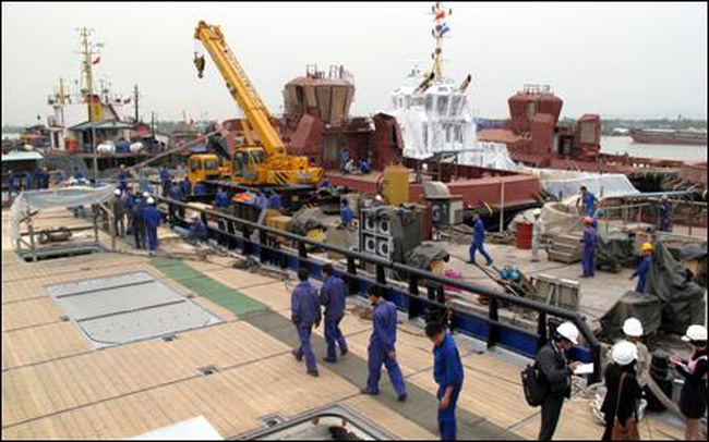 Doanh nghiệp Hà Lan muốn mua 70% cổ phần của Đóng tàu Sông Cấm