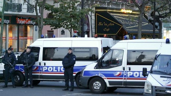 Pháp công bố danh tính tên khủng bố đầu tiên