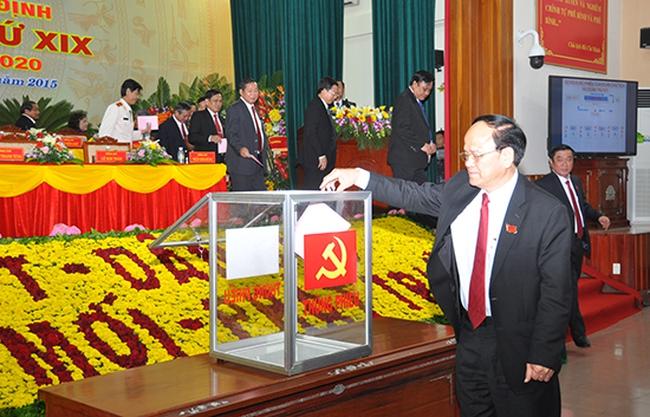 Ông Nguyễn Thanh Tùng được bầu giữ chức Bí thư Bình Định
