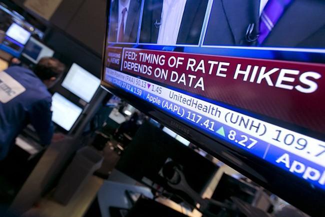 Chứng khoán Mỹ tăng mạnh sau thông báo của Fed