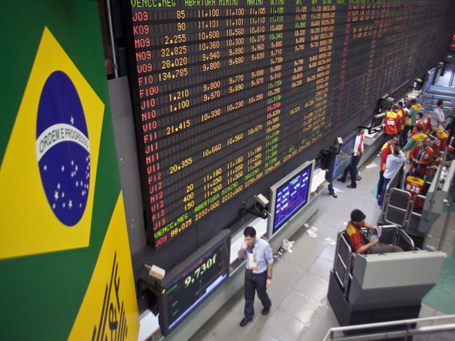 Thị trường mới nổi hướng đến chuỗi giảm điểm dài nhất kể từ năm 1990