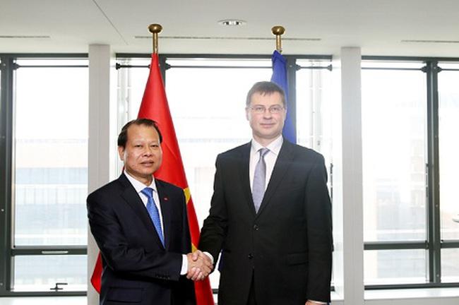 Phó Thủ tướng Vũ Văn Ninh gặp Phó Chủ tịch Ủy ban châu Âu