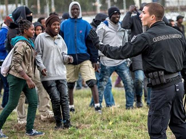 Anh và Pháp sắp ký thỏa thuận giải quyết khủng hoảng nhập cư