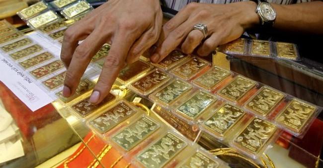 Kinh doanh vàng miếng ảm đạm