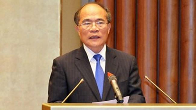 Chủ tịch Quốc hội Nguyễn Sinh Hùng lên đường thăm chính thức Hoa Kỳ