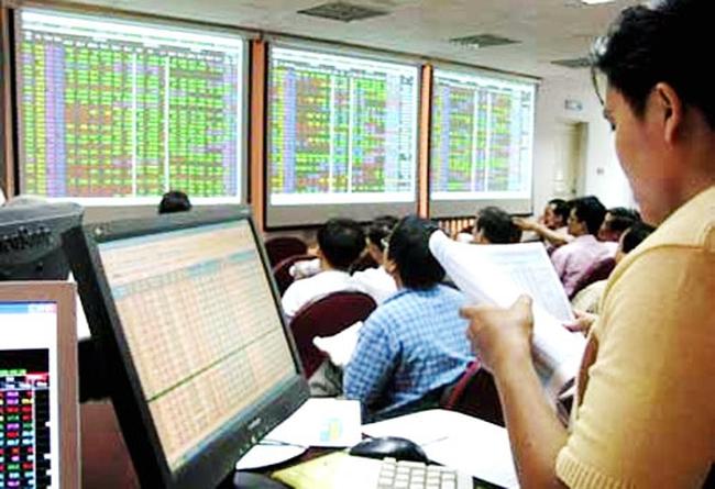 Cổ phiếu đáng chú ý ngày 26/3: BID-PVB bật tăng sau chuỗi điều chỉnh, CEO vượt qua vùng đỉnh ngắn hạn