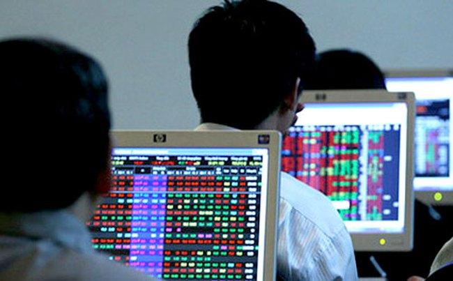 Chứng khoán Tân Việt, MayBank-KimEng: Lợi nhuận quý 3 đồng loạt sụt giảm
