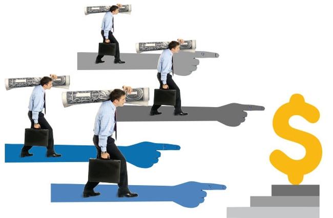 Nhiều cổ phiếu vốn hóa lớn tăng điểm, VnIndex vẫn mất gần 5 điểm