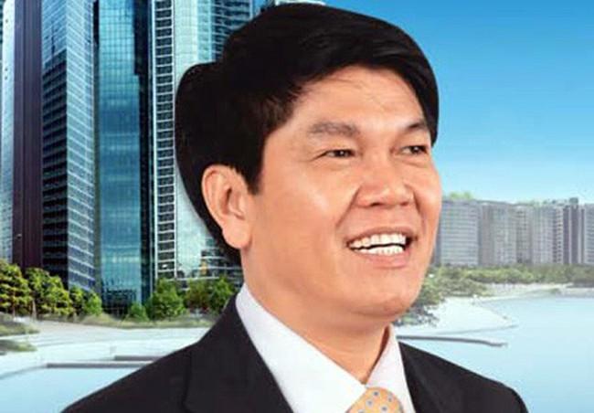 Ông Trần Đình Long lấy cổ phiếu cá nhân bảo đảm khoản vay cho Công ty thức ăn chăn nuôi