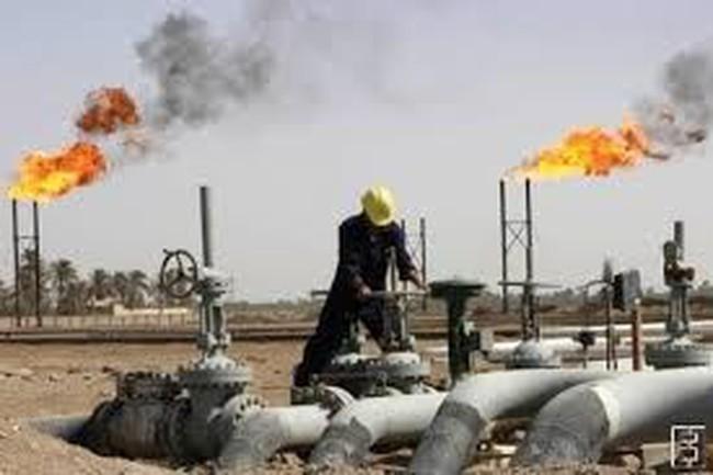 Thế giới đang thừa dầu nhiều nhất 17 năm