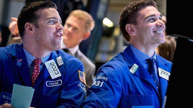 """Cổ phiếu đáng chú ý ngày 8/9: Khối ngoại """"gom hàng"""", BID- SKG đồng loạt tăng trần"""