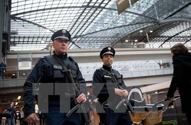 Đức họp khẩn cấp Hội đồng an ninh để đối phó với khủng bố