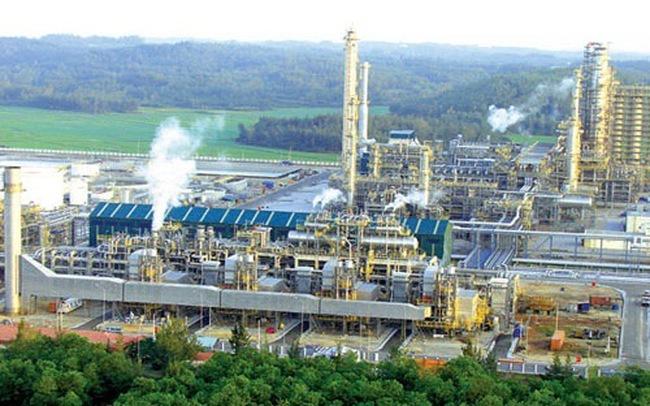 Petro Vietnam lo lọc dầu Dung Quất thất thế