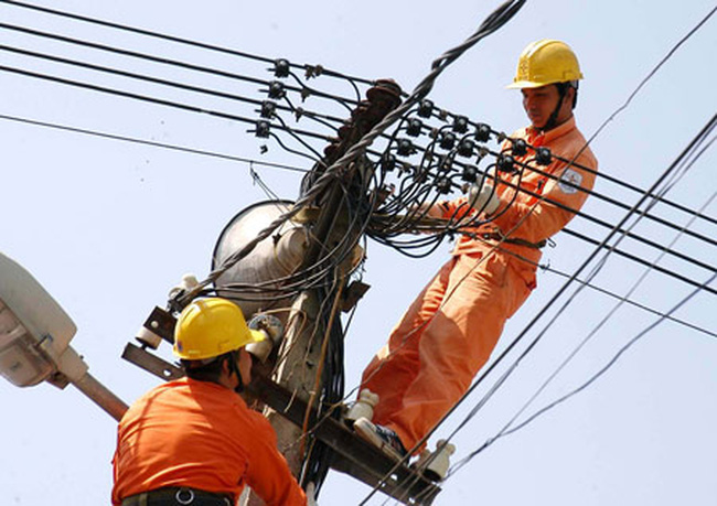 WB: Giá điện cao, Việt Nam vẫn thua Lào về tiếp cận điện năng