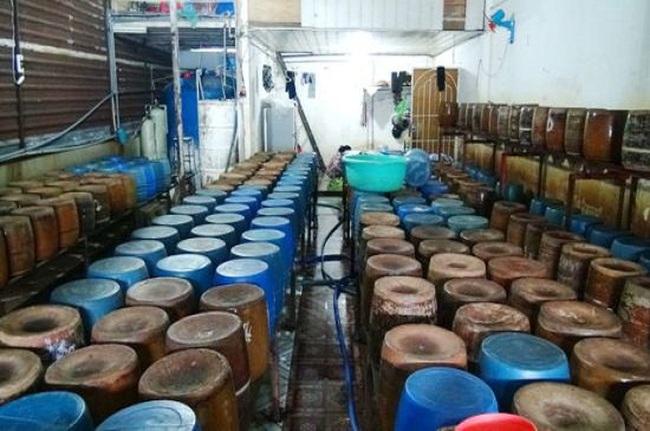 Hai Cty vàng xin bán 60 tấn cyanua giả