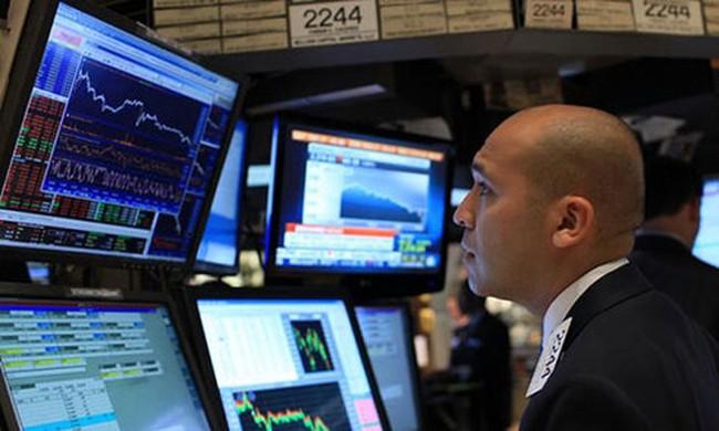 Tuần 10/8- 14/8: Tỷ giá biến động mạnh, V.N.M ETF rút ròng 4,4 triệu USD