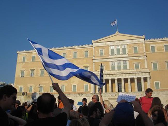 Lượng vốn chảy khỏi Hy Lạp thấp hơn nhiều so với dự báo ban đầu