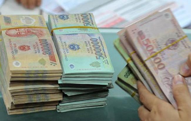 Chấp hành viên chiếm đoạt và tham ô gần 880 triệu đồng