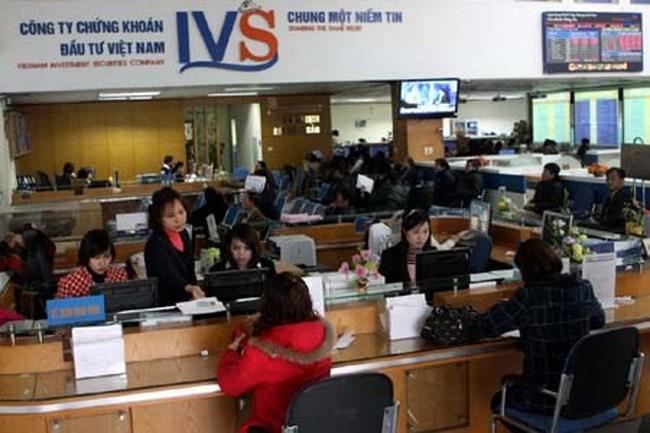 Chứng khoán IVS tuyển dụng nhân sự tháng 5