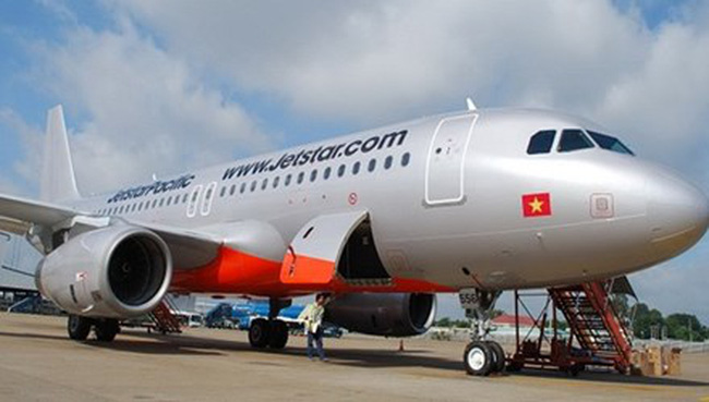 Máy bay Jetstar Pacific đi Hải Phòng phải hạ cánh ở Nội Bài