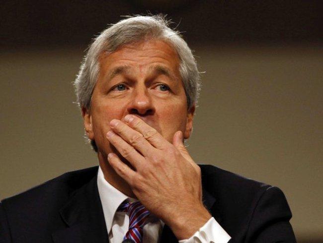 5 ngân hàng lớn đối mặt với án phạt chưa từng có tiền lệ