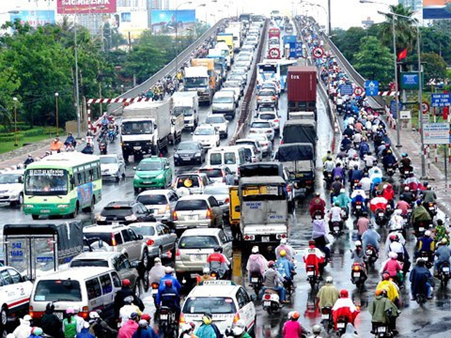 Chậm nộp phí bảo trì đường bộ sẽ bị tính lãi suất