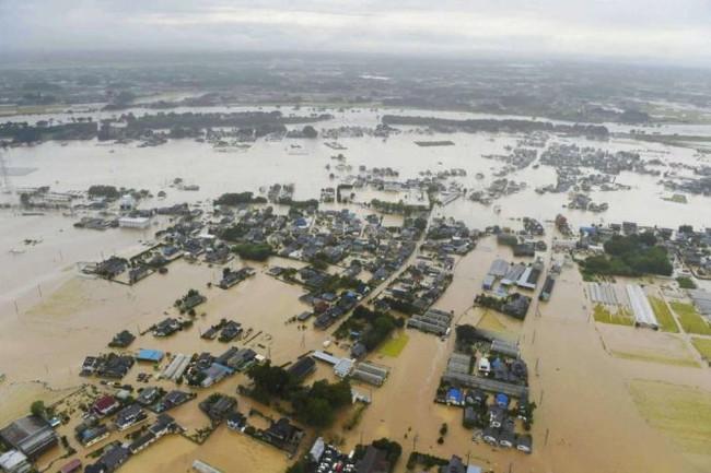 Bão lũ, động đất tại Nhật Bản, 80 túi rác phóng xạ bị cuốn trôi