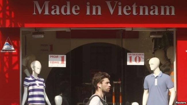 Giới đầu tư nước ngoài đang đổ tiền vào ngành may mặc Việt Nam
