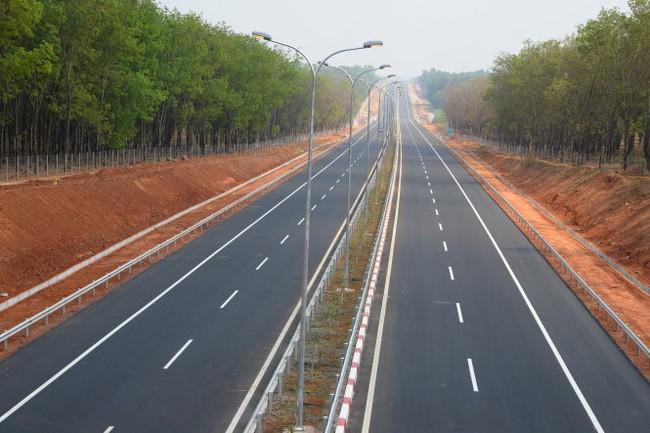 Cao tốc TP.HCM - Long Thành - Dầu Giây nhìn từ trên cao
