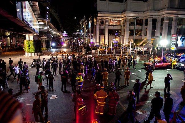 Đánh bom ở trung tâm Bangkok, ít nhất 27 người chết