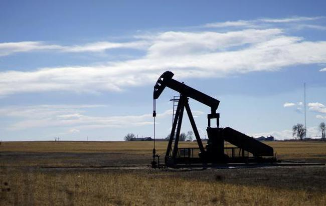 Giá dầu có 2 tuần tăng mạnh nhất trong 17 năm