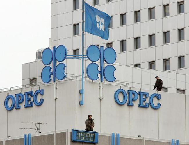 """Các nước OPEC """"huynh đệ tương tàn"""" ở châu Á"""