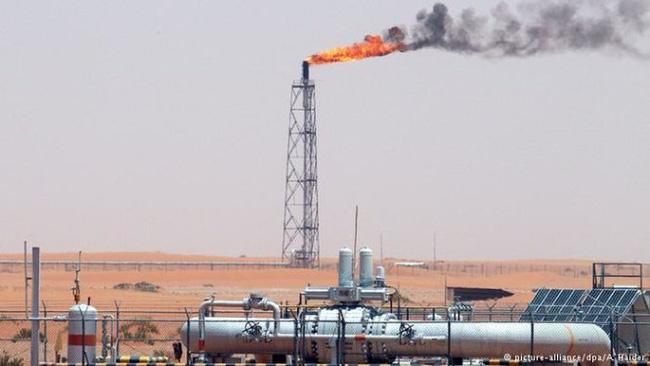 OPEC giữ nguyên sản lượng sản xuất, giá dầu sẽ ra sao?