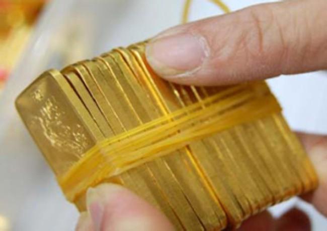 Giá vàng lại tăng vượt 33 triệu đồng/lượng