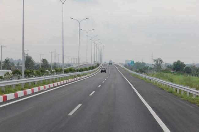 TPHCM đẩy nhanh tiến độ bồi thường dự án cao tốc Bến Lức – Long Thành