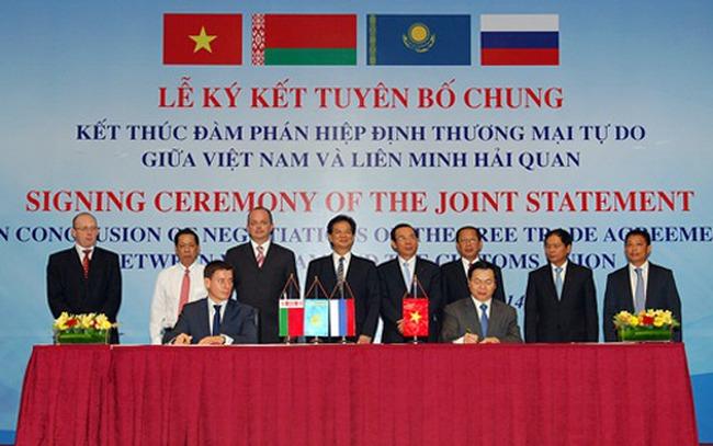 Những dấu ấn Đối ngoại Việt Nam năm 2014