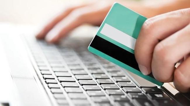 Thời sự 24h: Người Việt Nam chi 2,97 tỉ USD mua sắm qua mạng
