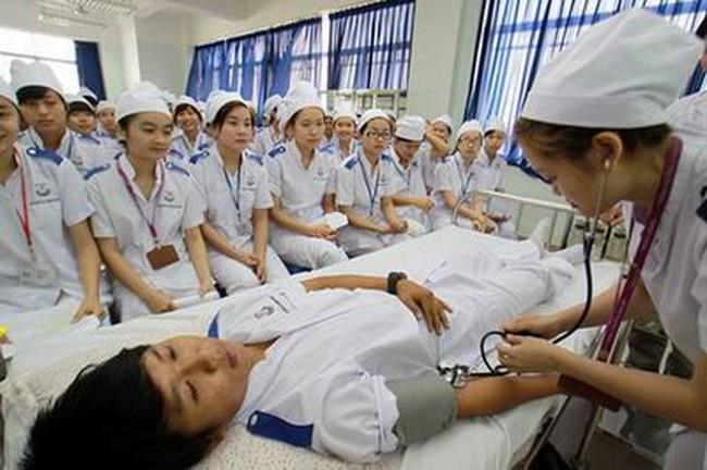 Tuyển chọn ứng viên điều dưỡng, hộ lý sang Nhật Bản làm việc