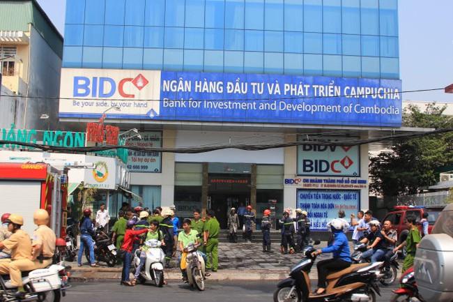 Cháy ở chi nhánh ngân hàng BIDC tại TP.HCM