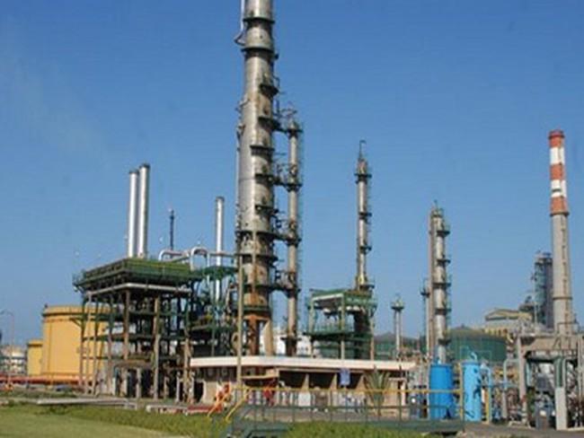 Nợ chồng chất, nhà máy lọc dầu duy nhất của Maroc ngừng sản xuất