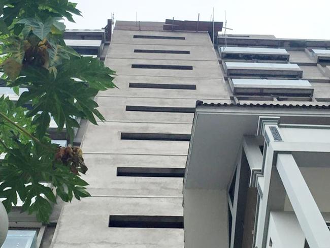 3 công nhân rơi từ giàn giáo tầng 11 xuống đất tử vong