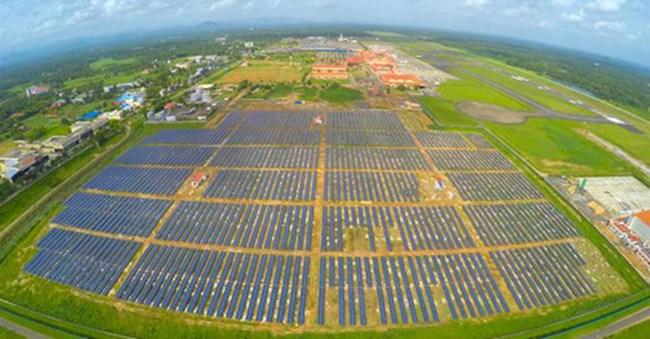 Ấn Độ mở sân bay năng lượng mặt trời đầu tiên trên thế giới