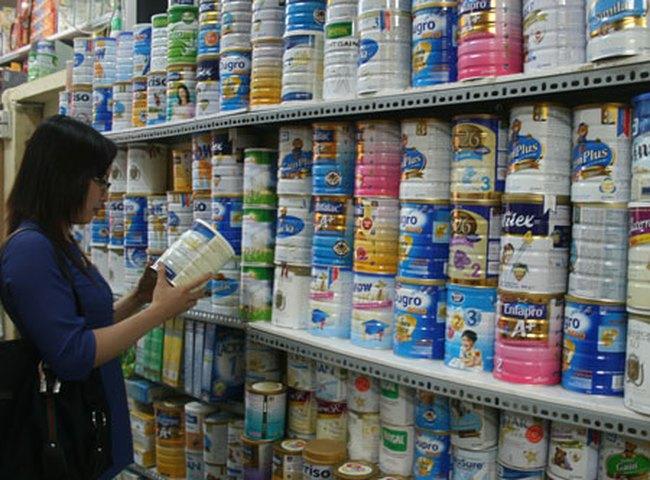 Từ 10/5, giá sữa bán lẻ tiếp tục giảm đồng loạt