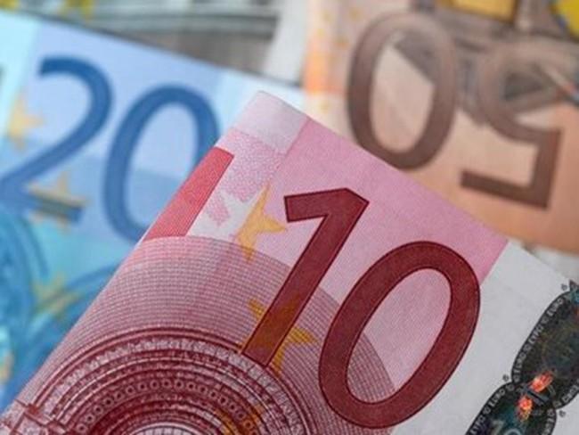 ECB mua 9,8 tỷ euro trái phiếu sau ba ngày đầu tiên của QE