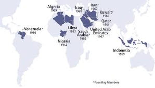 """Bộ Ngũ mỏng manh của OPEC """"viêm màng túi"""" vì giữ thị phần"""