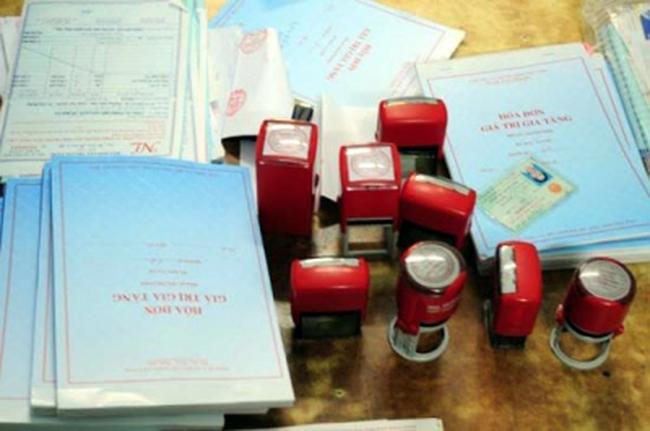 """Hà Tĩnh: Lập công ty """"ma"""" chiếm đoạt hơn 8 tỷ đồng tiền hoàn thuế"""