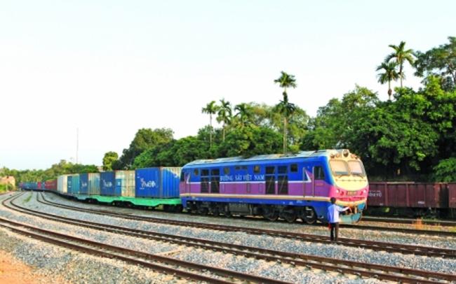Làm gì nâng hiệu quả 2 tuyến đường sắt Đông - Tây?