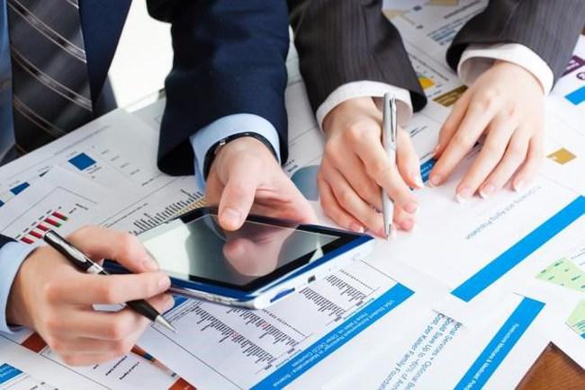 PMI Việt Nam lần đầu xuống dưới 50 điểm sau 25 tháng