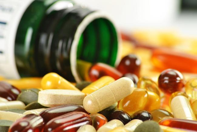 Thực phẩm chức năng quảng cáo như thần dược: Người tiêu dùng tiền mất, tật mang