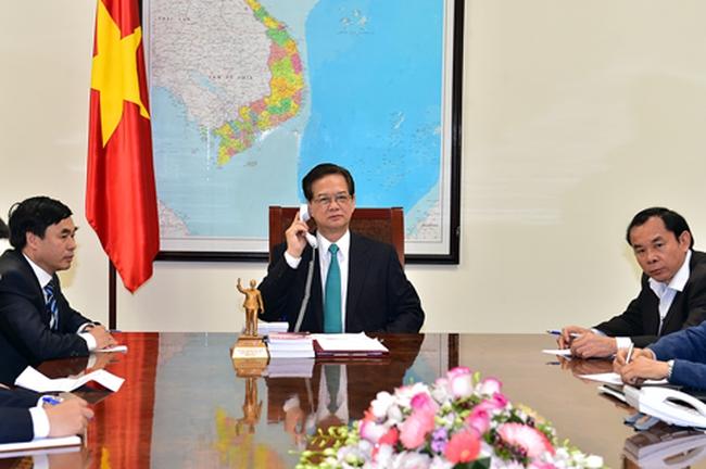Thủ tướng Nguyễn Tấn Dũng điện đàm với Thủ tướng Nhật Bản